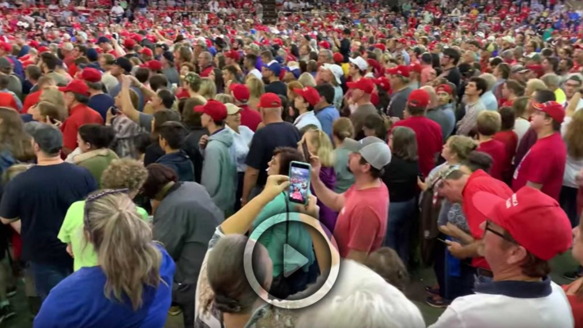 Trump-Supporters-At-The-Ready-its-Show-Time-2