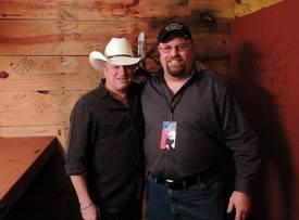 Me and country singer Mark Chesnutt